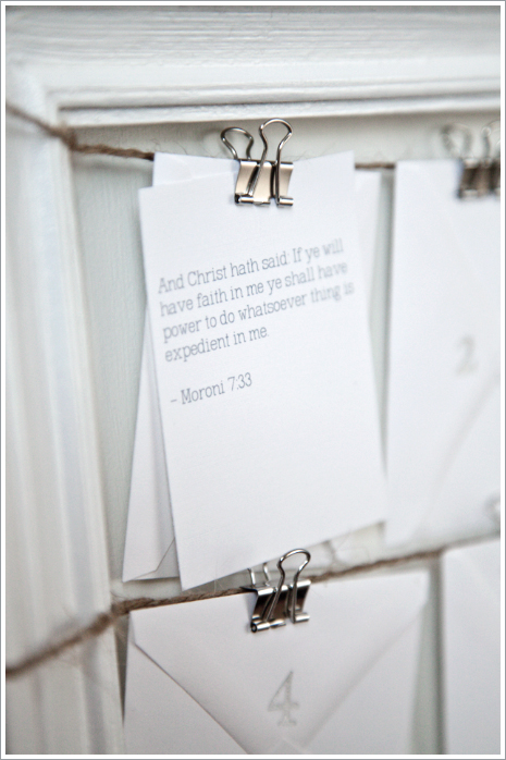 Scripture Advent Calendar Tutorial from Boxwood Clippings!