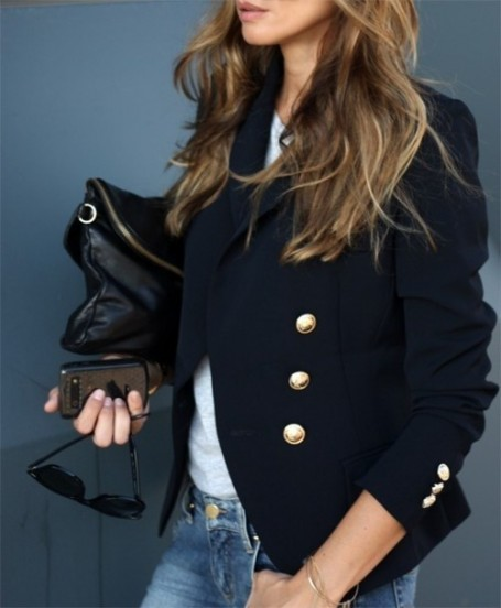 boxwoodclippings_blazer + black handbag