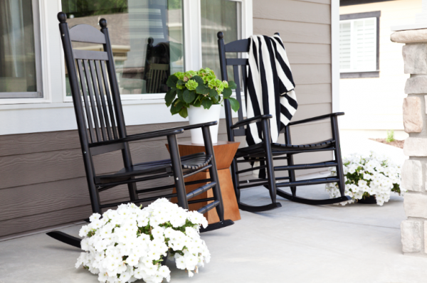 boxwood clippings_outdoors rocking chairs