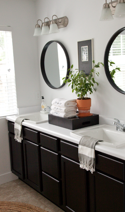 boxwoodclippings_simple master bathroom