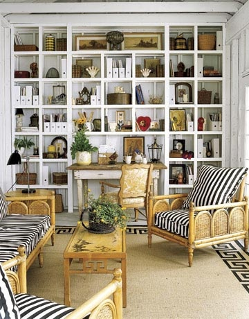 boxwoodclippings_faux bamboo sitting room