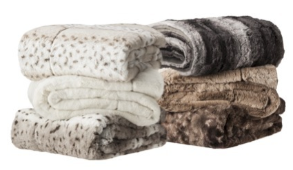 boxwoodclippings_target faux fur throw