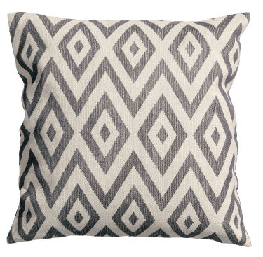 boxwoodclipping_diamond grey pillow