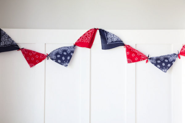 boxwood clippings_bandana garland, 4th of July