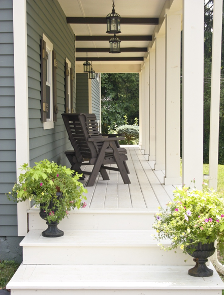 boxwoodclippings_pretty porch