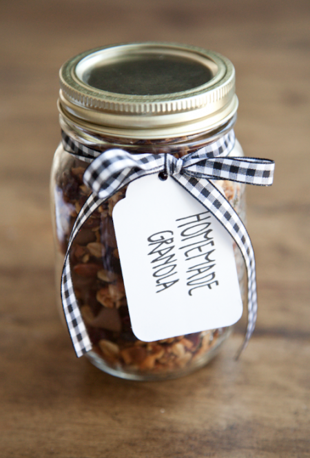boxwood clippings_homemade granola gift