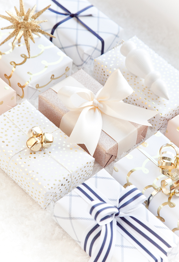 boxwoodclippings_blush-navy-and-gold-gift-wrap-2