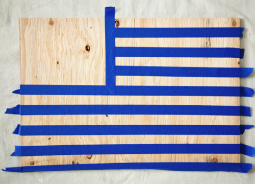 DIY Wooden Flags on { lilluna.com } Very easy to make & you only need a few supplies!